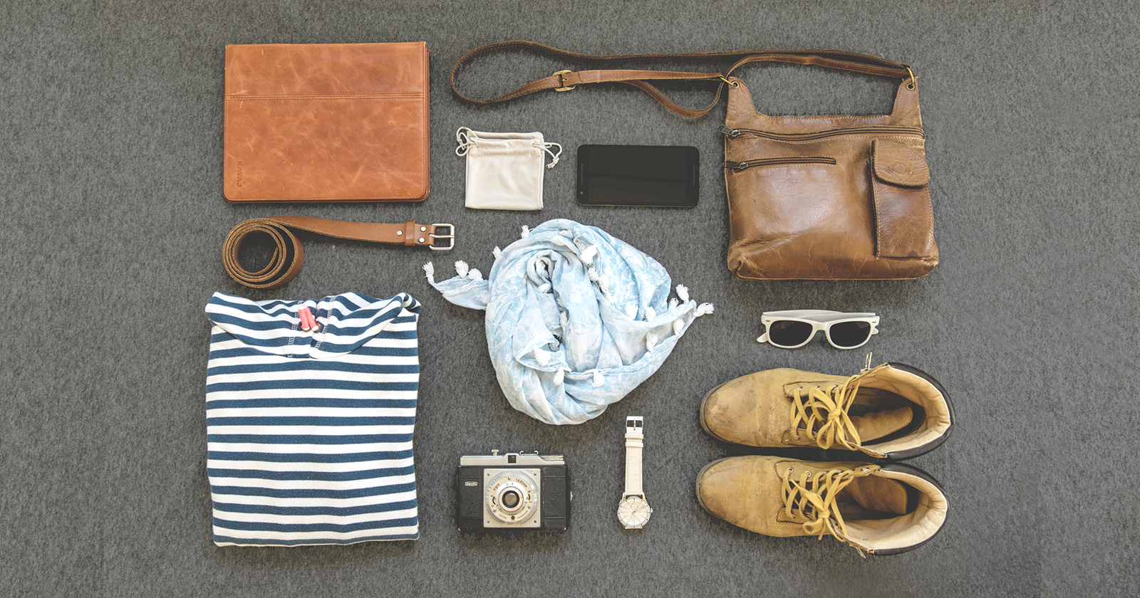 How to Match Your Glasses with Outfits