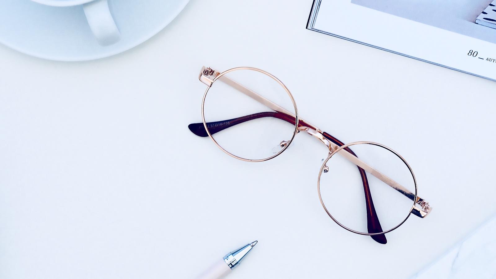 Why Choose Titanium Frame Glasses?